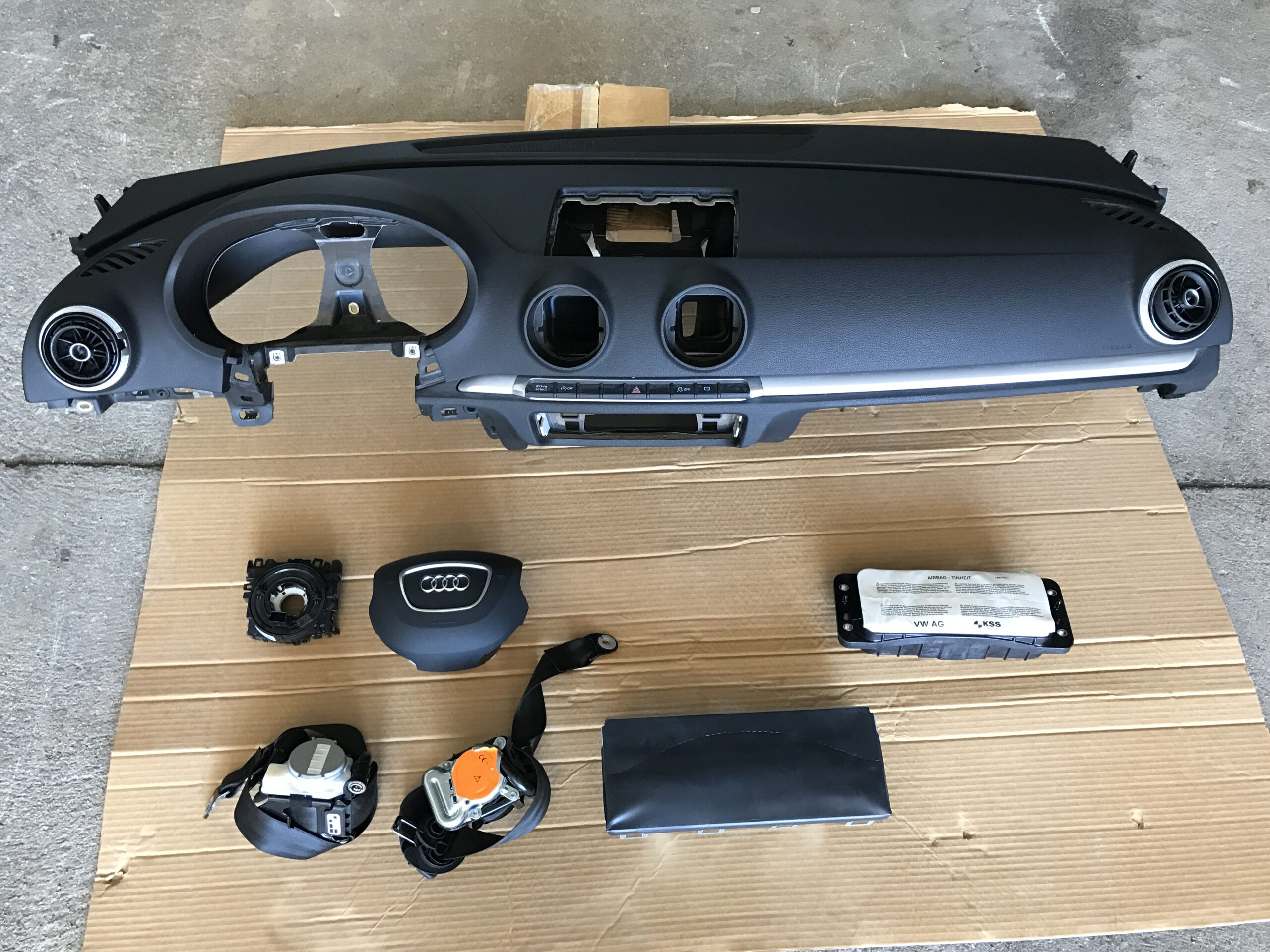 KIT AIRBAG AUDI A3 ANNO 2014 1